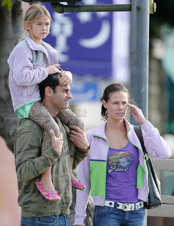 Brooke Burns and boyfriend out with daughter Madison http://celebritybabies.people.com/2007/09/30/brooke-burns-an-3/