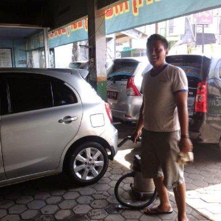 Rental mobil Jogja paket harian atau bulanan menggunakan Toyota Grand Innova dengan harga sewa murah tersedia di Mita Transport Yogyakarta, diperuntukkan bagi rekan – rekan dan sobat yang se…