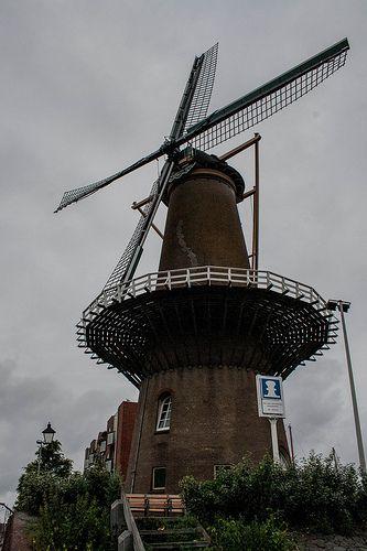Old windmill Delfshaven Rotterdam #architecture #architectuur #wall #Delfshaven #building #010 #Rotterdam #Holland #Nederland #Netherlands #nature #ZuidHolland #SouthHolland #window