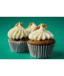 Dans un cupcake, une rencontre délicieuse : fromage et courgette. http://cupcakeavenue.fr/45-cupcake-sale
