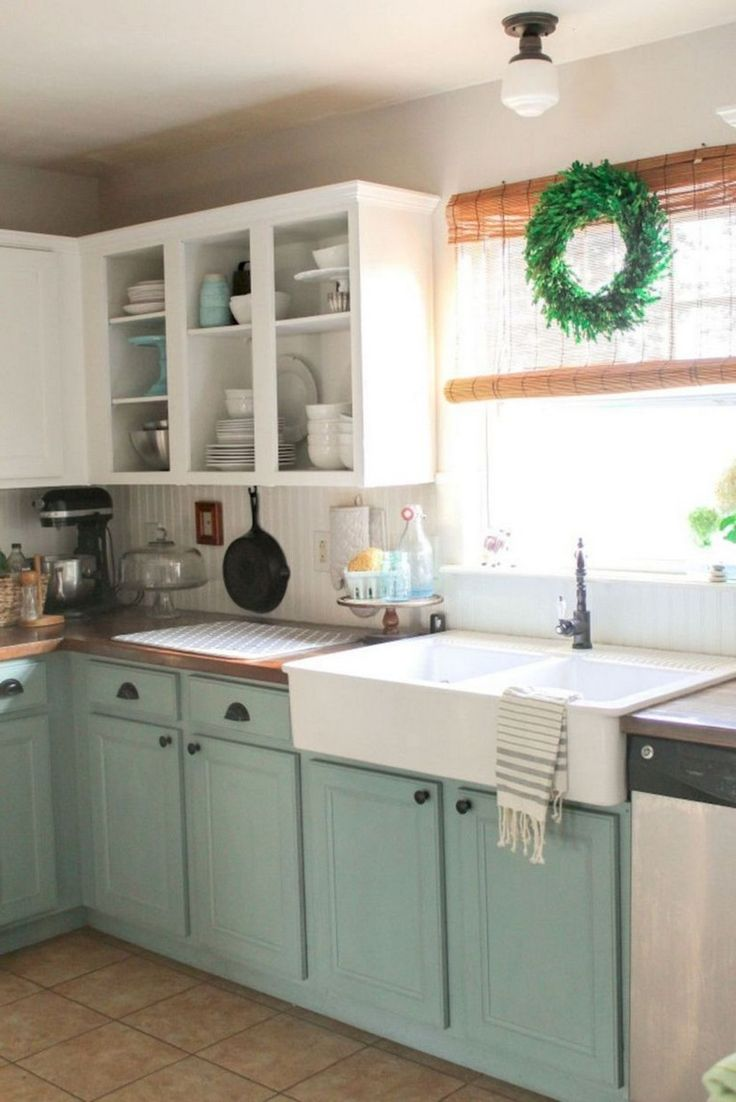 44+ Simple Farmhouse Kitchen Cabinets Makeover Ideas (With ...