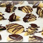 Chocolate Dipped Ruffles Potato Chip & Marshmallow Treats - Hugs and Cookies XOXO