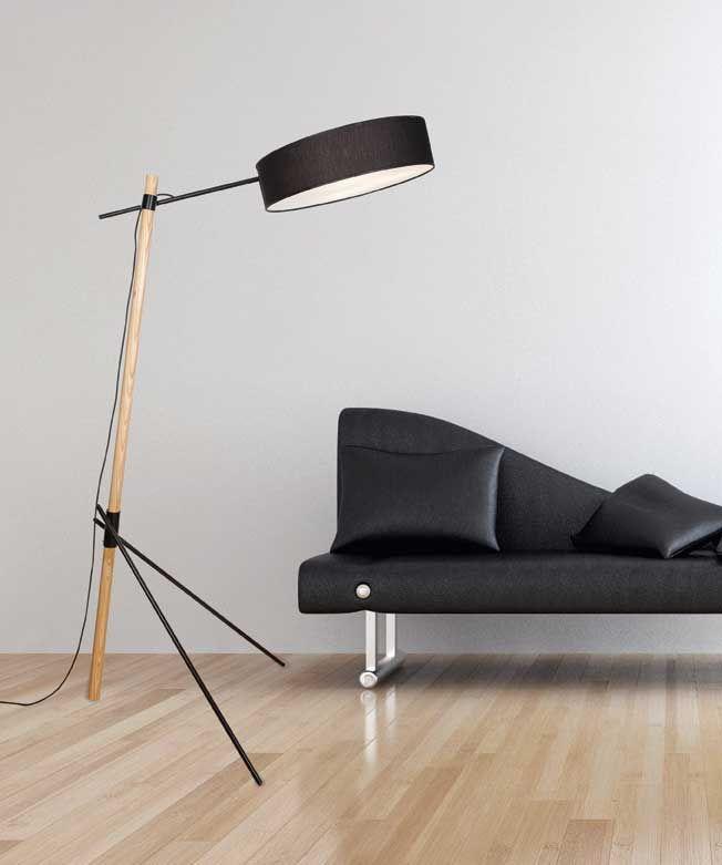 Φωτιστικό δαπέδου (επιδαπέδιο) - λαμπατέρ μονόφωτο, σε μοντέρνο στυλ, με βάση ατσάλινη μαύρη, σώμα από ξύλο σε φυσική απόχρωση και καπέλο υφασμάτινο μαύρο. 1597 3L από την Zambelis Lights. ------------------------------------------------ Floor lamp/luminaire, in modern style, with black steel base, body in natural hue and black textile hat. #floorlamp #floorplans #floorlight #livingroomideas #modern #modernstyle #hometips #homeideas #papantoniougr #spiti