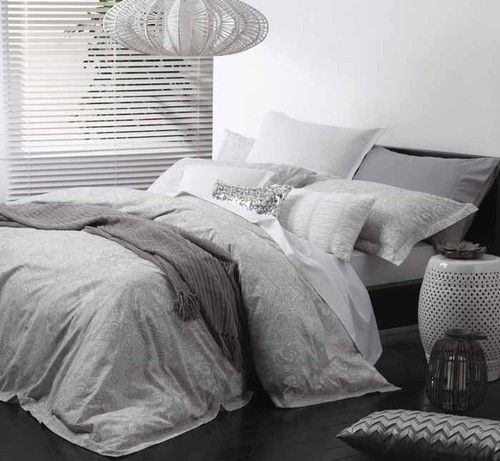 Logan and Mason Ashara Alabaster Paisley King Size Bed DOONA Quilt Cover Set New   eBay