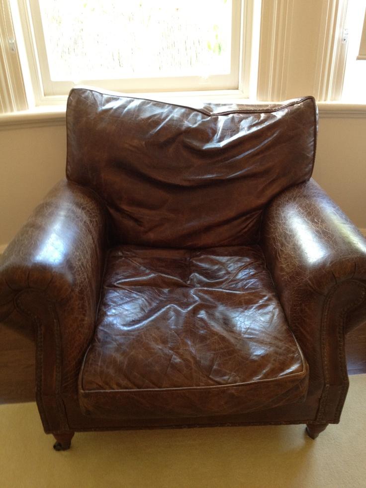 Dans chair. 92 cm high by 1 m deep