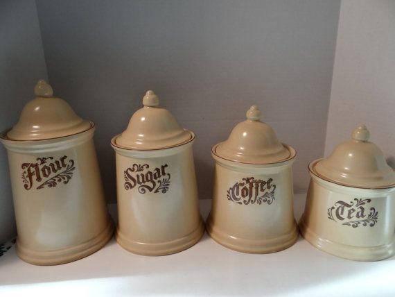 Vintage Pfaltzgraff Village Rare Find Completed Set of 4 ...