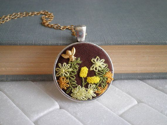 Mini Flower Garden & Tiny Bee Embroidery Necklace by sayhellotoday.etsy.com #terrariumnecklace #flowerembroidery