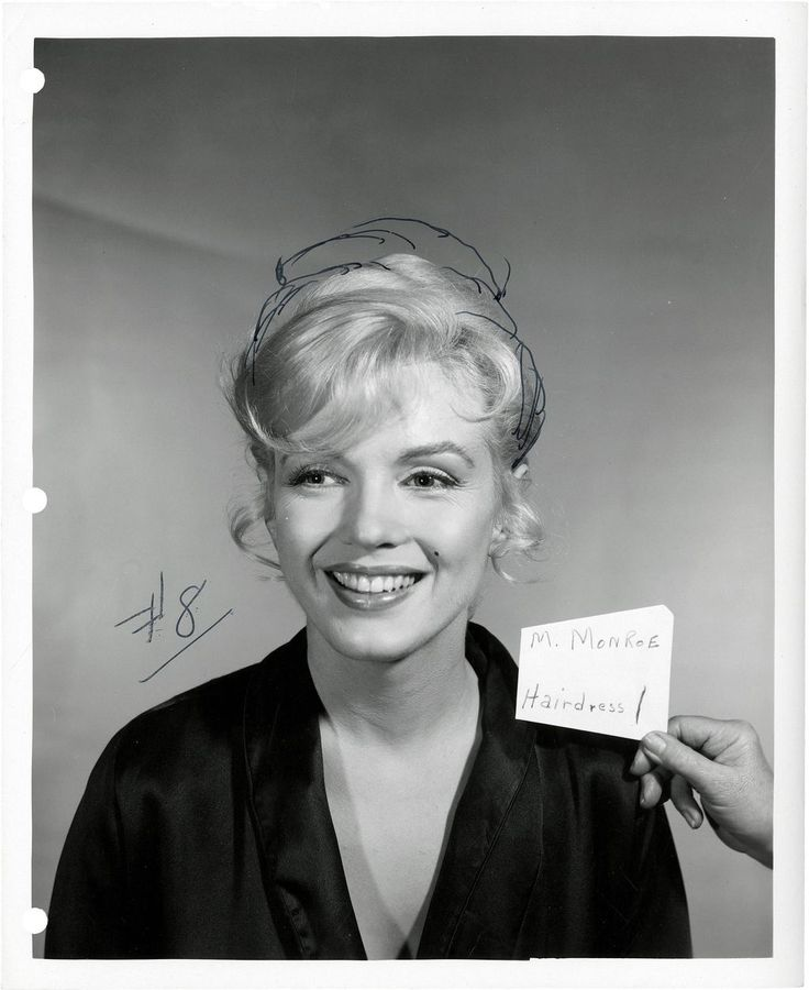 Obsessed withMarilyn - Wildfox inspiration for artists - Inspiration for artists from Wildfox CoutureMarilyn Monroe Makeup Test, Hair Test, Marylin, Marilynmonroe, Monroe Hair, Norma Jeans, Icons, Nature Beautiful, People