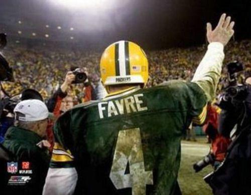 Brett Favre FAREWELL Green Bay Packers Classic Premium Poster Print