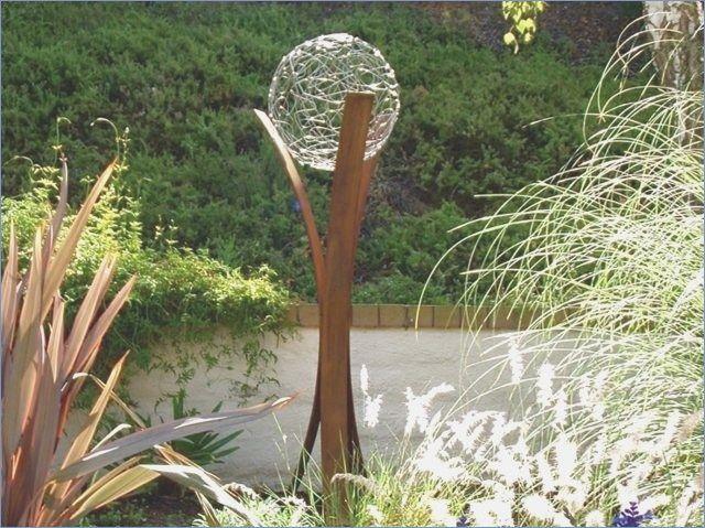 Diy Garden Decor Simply Do It Yourself Decor Garden Simply Yourself Gartendekor Gartenskulpturen Gartenkugeln