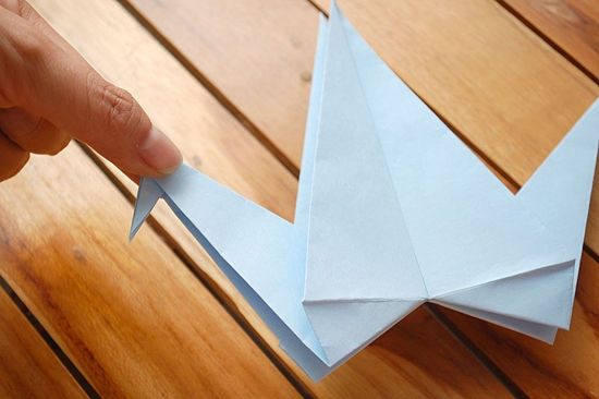 How To Fold An Origami Crane With Flapping Wings