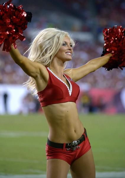 Nfl Cheerleaders Upskirt And Banged