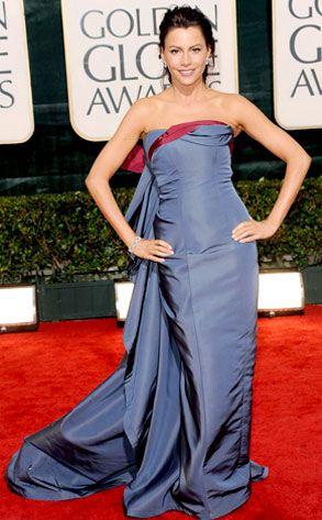 Sofia Vargara from Red Carpet Pose-Off: 2010 Golden Globes | E! Online