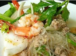 Yum Woonsen Salad :Glassy noodles mixed with onion, ground pork, shrimp, chili and lime dressing from Pattaya Bay Restaurant in Los Angeles #Food #Salad #Restaurant forked.com