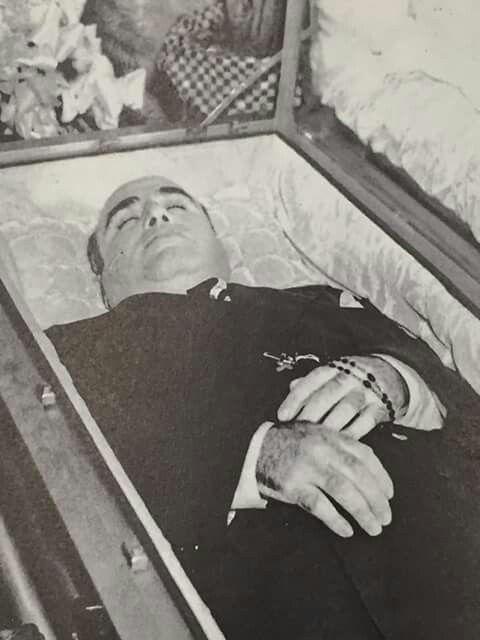 Al Capone in his casket.