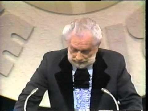 Foster Brooks Roast Hubert Humphrey - YouTube
