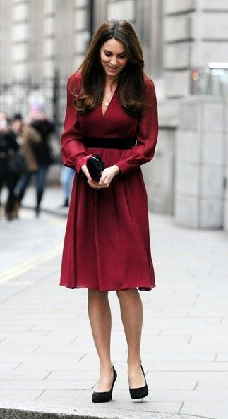 "Catherine Duchess of Cambridge, aka Kate Middleton, wearing the 'Sofie Rae' dress from Whistles, and Episode ""Angel"" shoes. Royal Portrait unveiling 01/11/13."