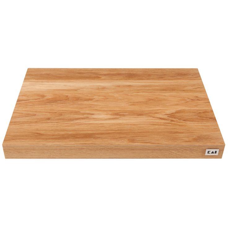 SCHNEIDBRETT - Material: Eiche, mit rutschfesten Gummifüßen. Maße: Länge 390mm, Breite 260 mm, Höhe 36 mm