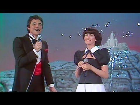 Mireille Mathieu et Sacha Distel - Toi Et Moi (1980) - YouTube