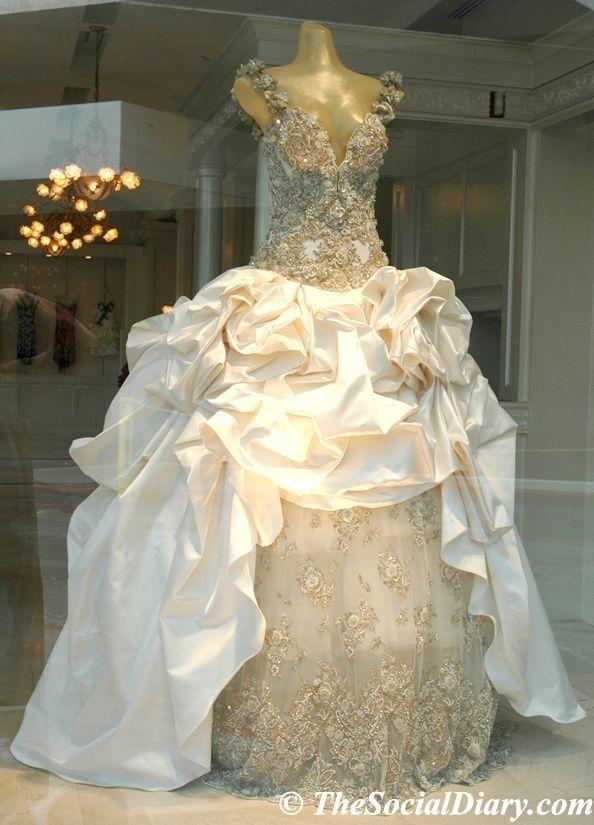 Elegant Baracci Wedding Dress 2018 In 2020 Jill Stuart Wedding Dress Wedding Dress Gallery 2nd Wedding Dresses