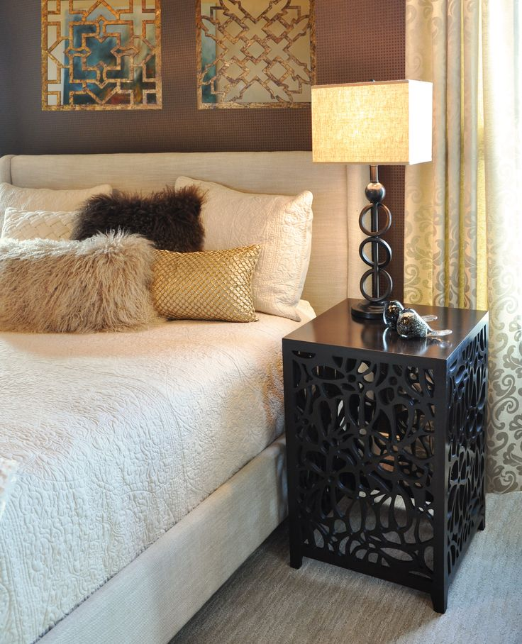 Great photo of our Silhouette Side Table in this great bedroom from Abbey Master Builders