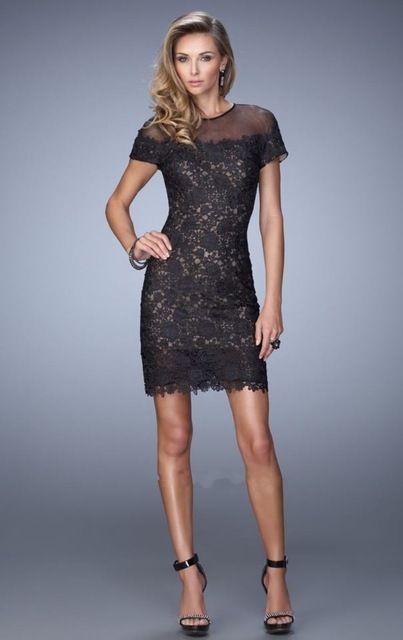 2016 de encaje negro Mini cóctel vestidos manga corta Scoop Hollow volver cristales escote transparente Applique del encanto del partido vestidos