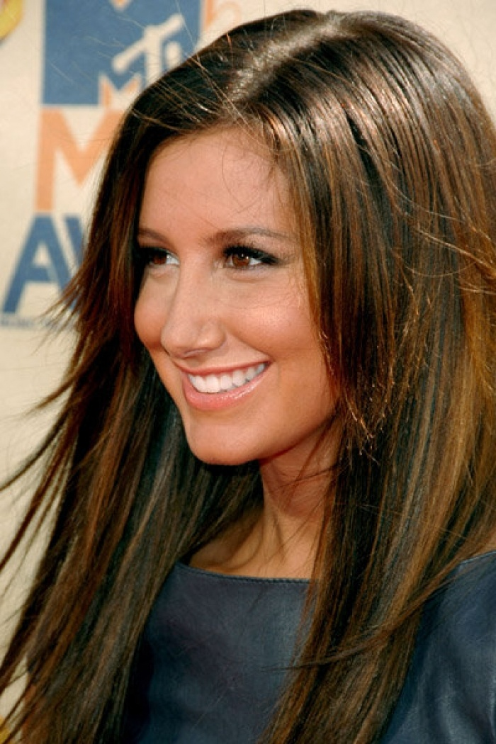 Love The Color For Fall Dark Brown With Lighter Highlights Ashley Tisdale H