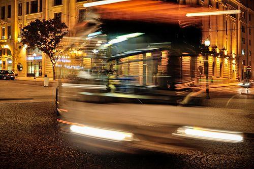 bus blur -- Praça da Liberdade, Porto