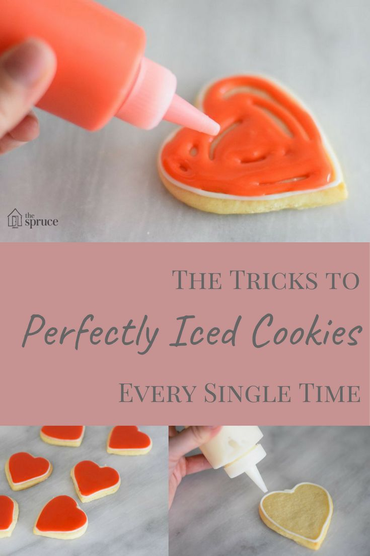 How to get perfectly iced sugar cookies, every single time! #Baking #ChristmasCookies