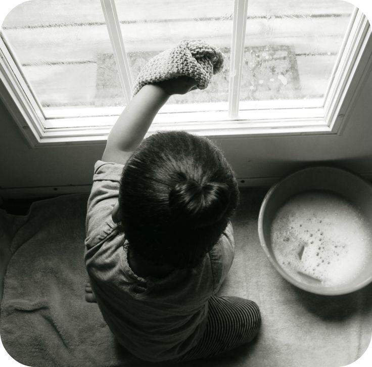 Übungen des täglichen Leben - Fenster putzen