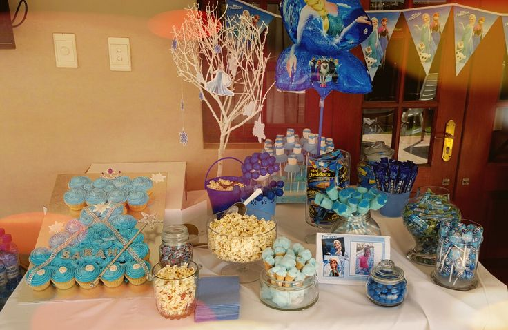 Frozen theme candy buffet