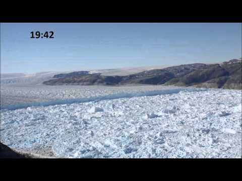 Timelapse of Large Calving Event at Helheim Glacier, Greenland, via @SUGlaciology