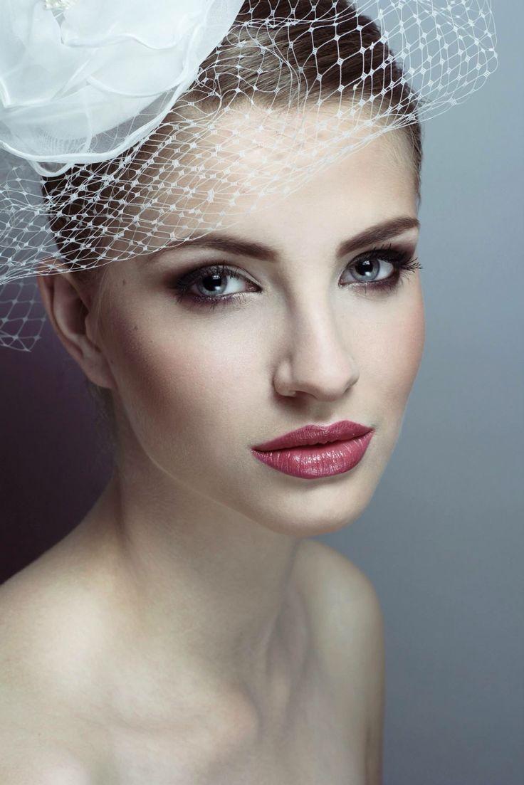 Wedding make up                         Photo:Wiktoria Szadkowska        Models: Iza Rudzińska