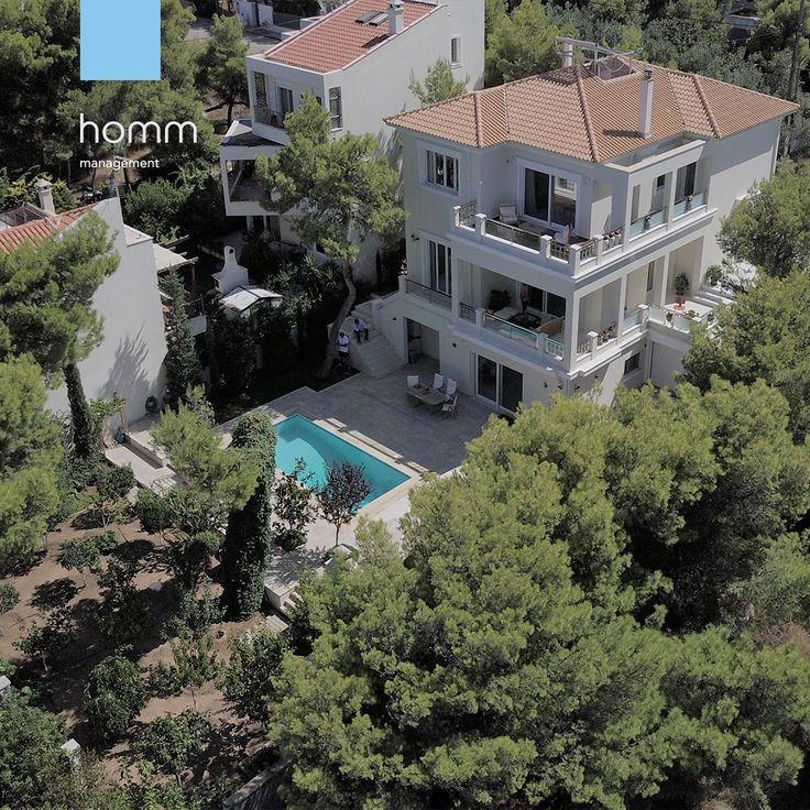 #visitgreece #villa #mansion #billionaire #luxury #realestate #airbnb #airbnbhomes #homm #athens #greece  #airport #athensairport
