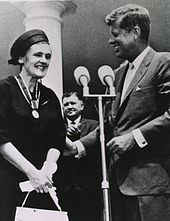 Thalidomide - 1962: FDA pharmacologist Frances Oldham Kelsey receives the President's Award for Distinguished Federal Civilian Service from President John F. Kennedy for blocking sale of thalidomide in the United States.