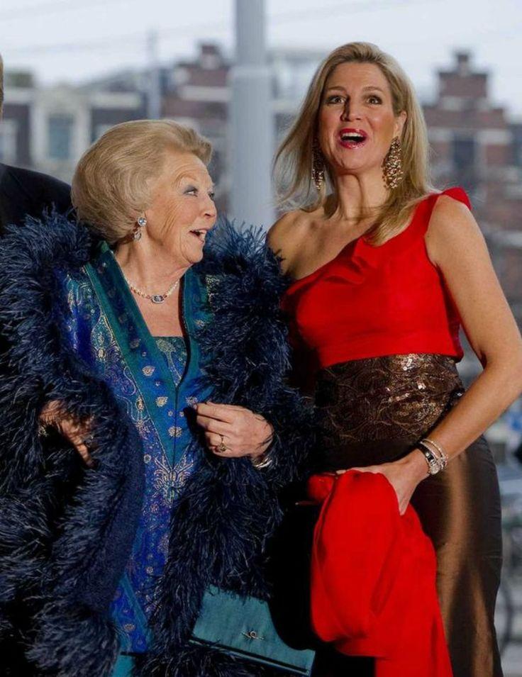 Queen Beatrix and Crown Princess Maxima 4/10/2013