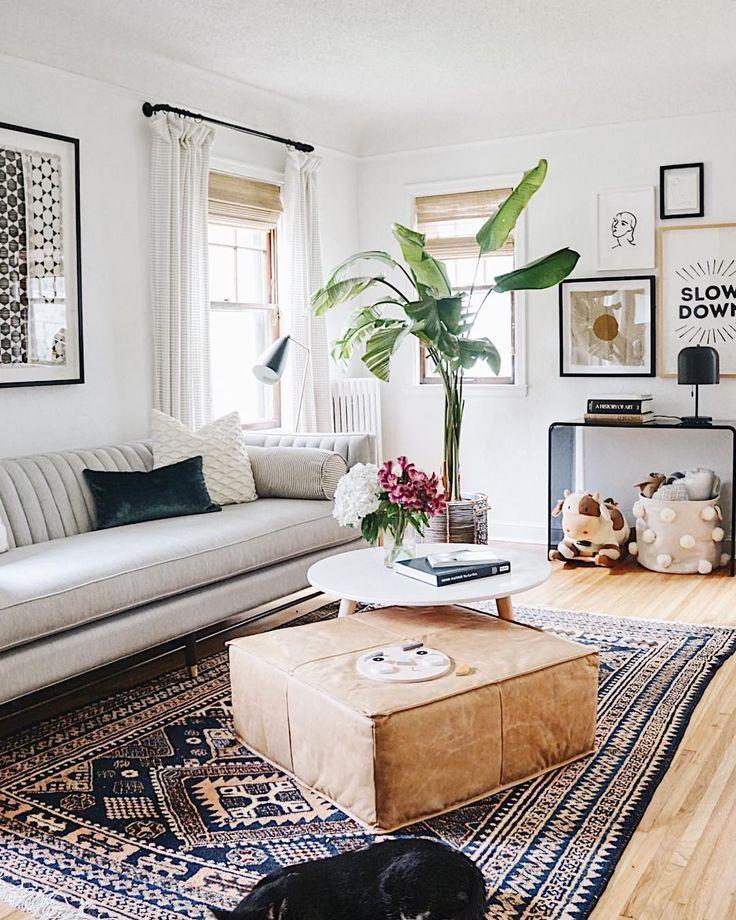Unser Wohnzimmer nahm eine Instagram-Verschnaufpause ein, während wir mehr Sylvie-Sachen machten