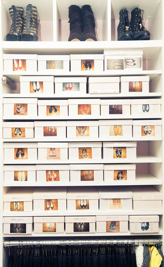 Shoe storage in boxes with polaroids. / Organizar zapatos mediante cajas con fotografias. #diy #deco