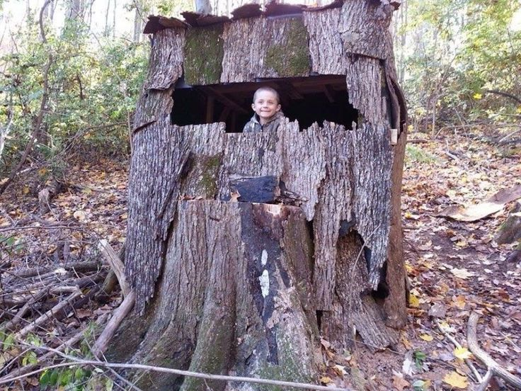 Yup This Is A Deer Stand For Southern Folks City Folks