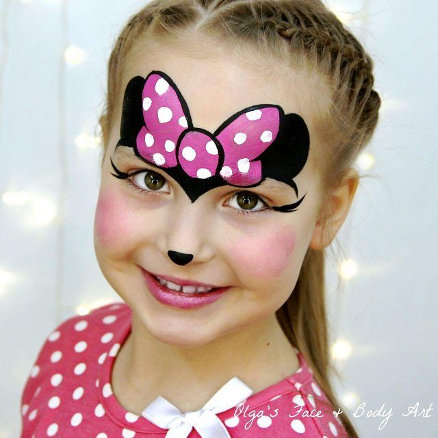 Fast and easy Minnie Mouse design. I guess this one is the most requested one on… #facepainting