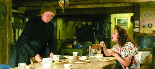 Nanny McPhee Returns - I'm in love with their house