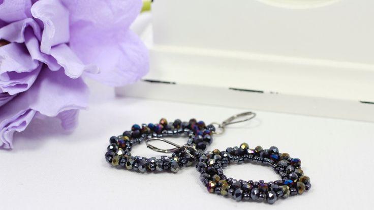 Black rondel crystals and sead beads earrings.