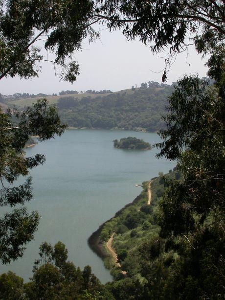 Chabot gem of east bay lakes awaits boats lakes and for Lake chabot fishing