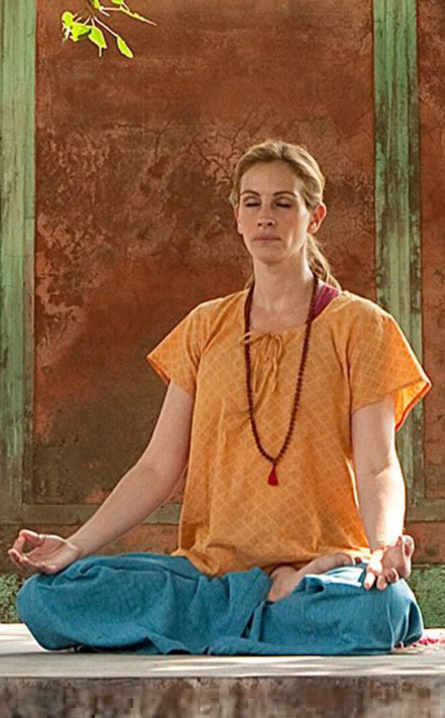 Julia Roberts from Celebs Who Practice Yoga | E! Online | Loved and pinned by www.downdogboutique.com