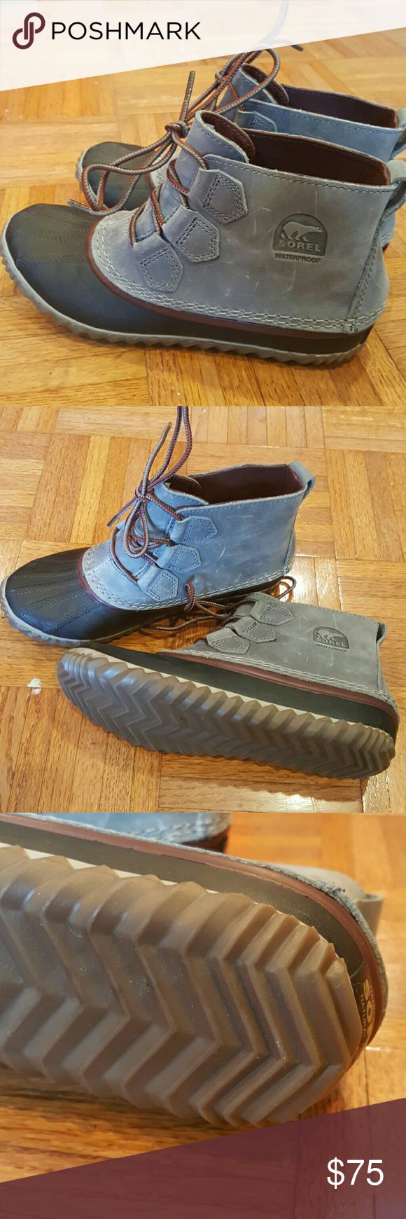 Sorel 'Out n About' grey duck boots New without box Sorel Shoes Ankle Boots & Booties