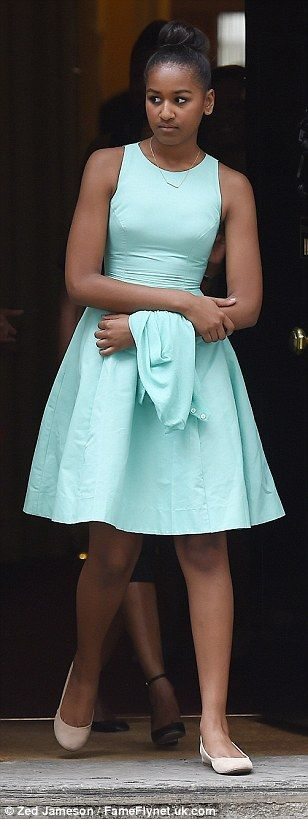 #SashaObama | JUNE 2015 Sasha leaving Number 10 Downing Street after their time with British Prime Minister David Cameron .......