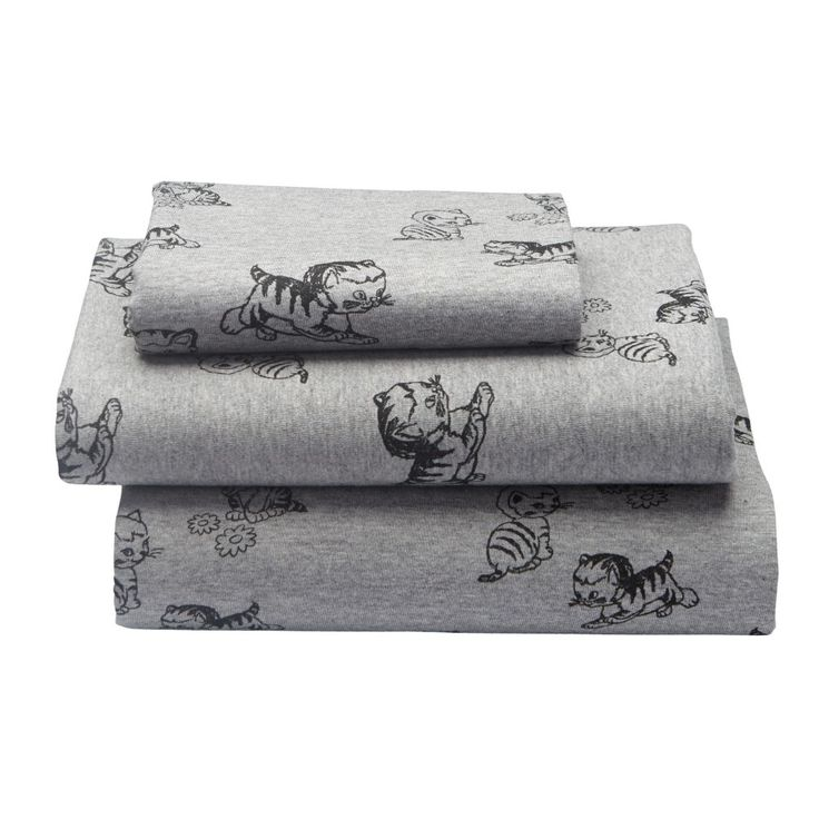 Shy Little Kitten Toddler Sheet Set | The Land of Nod
