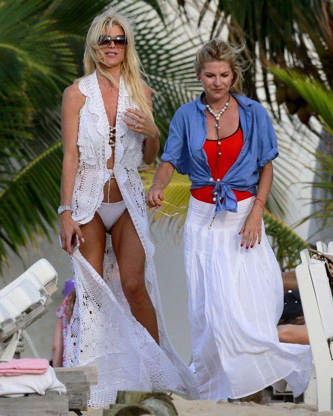 Victoria Silvstedt in White Bikini in St Barts #wwceleb #ff #instafollow #l4l #TagsForLikes #HashTags #belike #bestoftheday #celebre #celebrities #celebritiesofinstagram #followme #followback #love #instagood #photooftheday #celebritieswelove #celebrity #famous #hollywood #likes #models #picoftheday #star #style #superstar #instago #