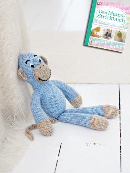 Babies und Kleinkinder lieben weiche Kuscheltiere. Affe Anton ist der ideale Begleiter für die ersten Lebensjahre. Hier gibt es die Strickanleitung.