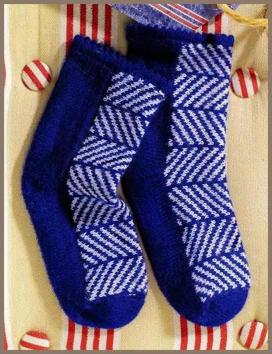 Озорные петельки: Носки с орнаментом / Вязание спицами